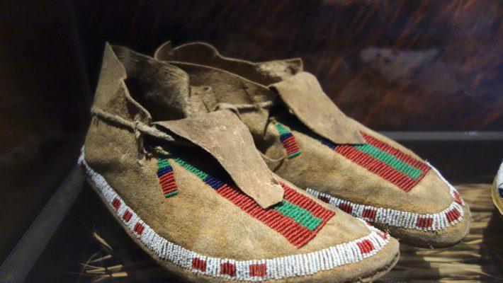 Where to Buy Native Fashions This Holiday Season